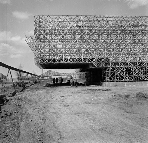 The Netherlands pavilion for the 1967 Expo in Montreal - Buscar con Google