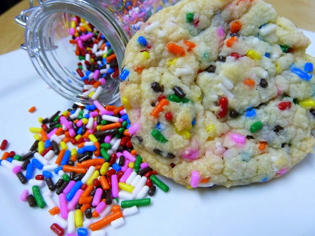 Cookin' Cowgirl: Funfetti Cake Batter Cookies: Cakes Batter Cookies, Funfetti Cookies, Cakes Mixed Cookies, Cake Mixes, Recipes, Cowgirl, Vanilla Cakes Mixed, Funfetti Cakes, Cake Batter
