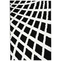 Contemporary Boxes Black and White Shag Area Rug (5' x 7') | Overstock.com