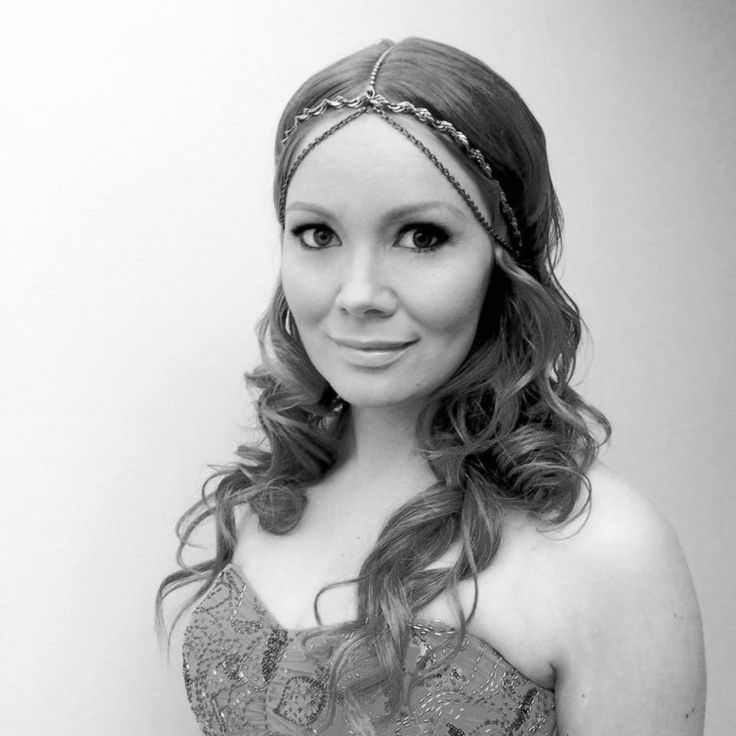 Unique headpiece for Marja Hintikka
