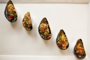 Roasted Black Mussels with Tomato-Parsley Butter