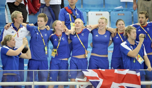 Great Britain team members during the medal ceremony for Rebecca Adlington and Joanne Jackson - Beijing Olympics 2008