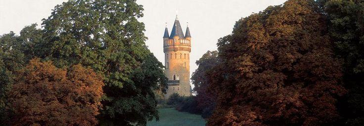 Palaces & Gardens > Palaces and Gardens Overview > Object>Flatowturm im Park Babelsberg:Stiftung Preußische Schlösser und Gärten
