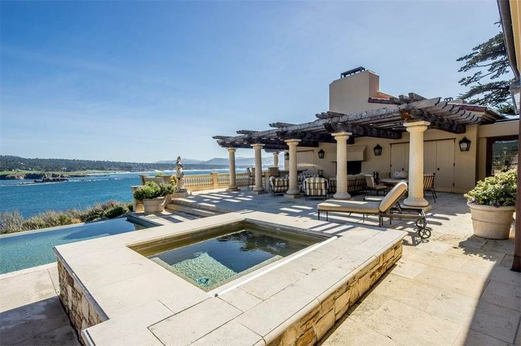 Best 25 waterfront homes ideas on pinterest little for A beach house in southern california now costs 350 000