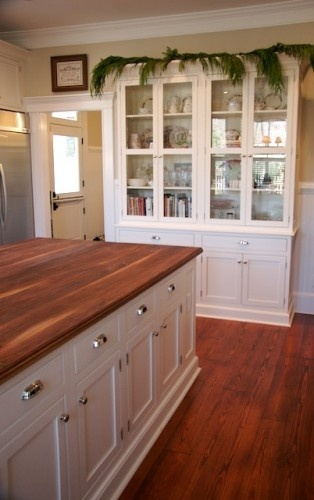 21 best images about dining room built in ideas on for Best chinese kitchen cabinets