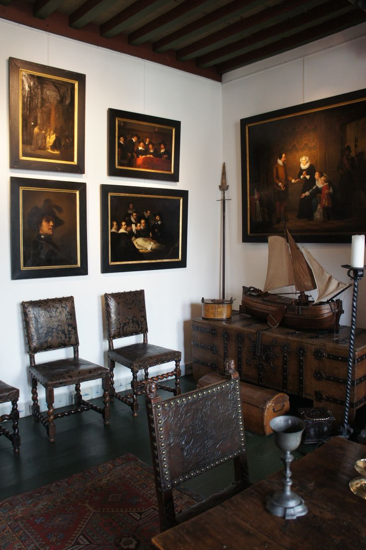 Museum Paul Tétar van Elven The painter who lived here in the 19th century was a kopiemaker of famous painting that is why you can see some not un known paintings...