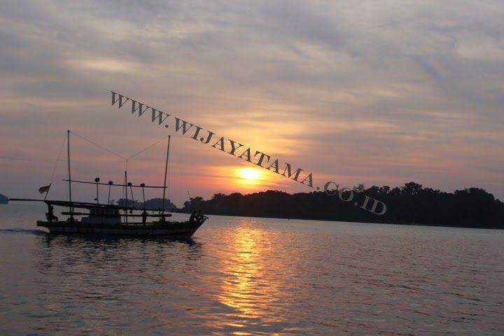 Kumpulau Berita Pulau Seribu: Alirkan Listrik Agar Pulau Seribu Jadi Wisata Duni...