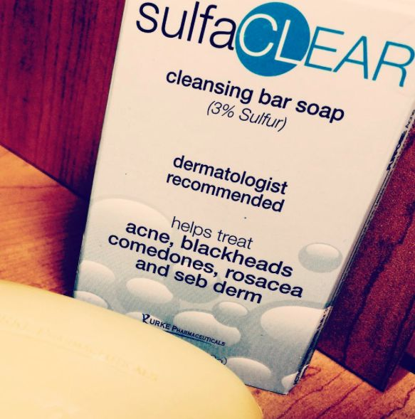 Dermatologist recommended cleansing bar for acne, blackheads, comedones, rosacea and seb derm. If you've tried everything and you're still having breakouts, then you should try this! Affordable and easy to purchase online at www.burkepharmaceutical.com