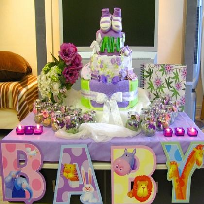 Seven Cheap Baby Shower Decorations