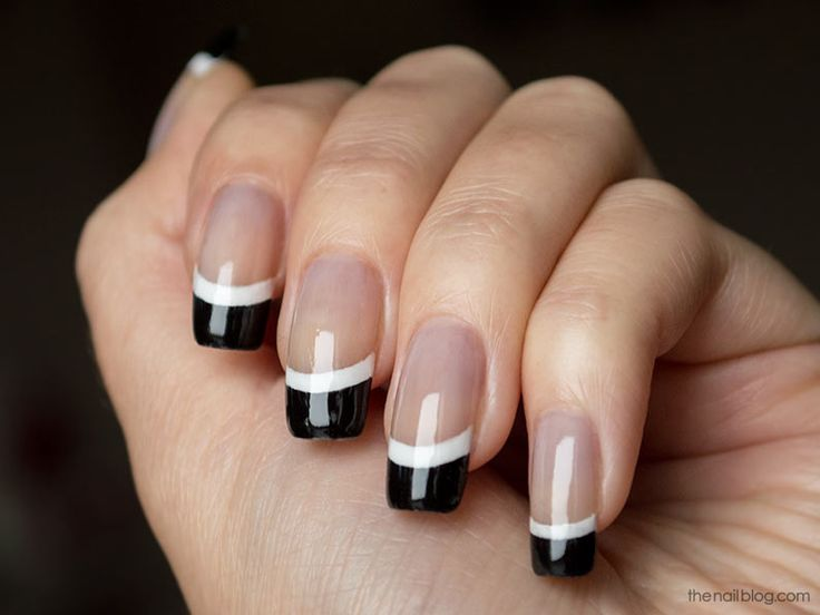 Black and white French manicure | The Nail Blog