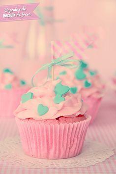 Cupcakes Nesquik de Fresa con decoración washi tape