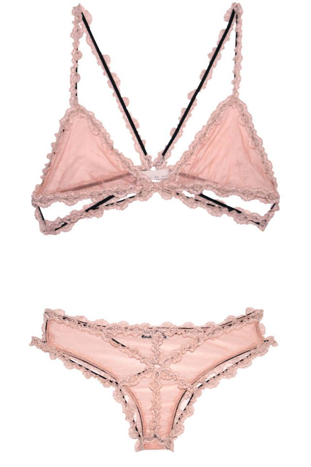 prettiest lingerie www.bibleforfashion.com/blog #bibleforfashion