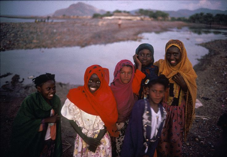 """Harry Gruyaert. Yemen. South Yemen. Island of Socotra. Young girls in Hadiboh. 1995."""