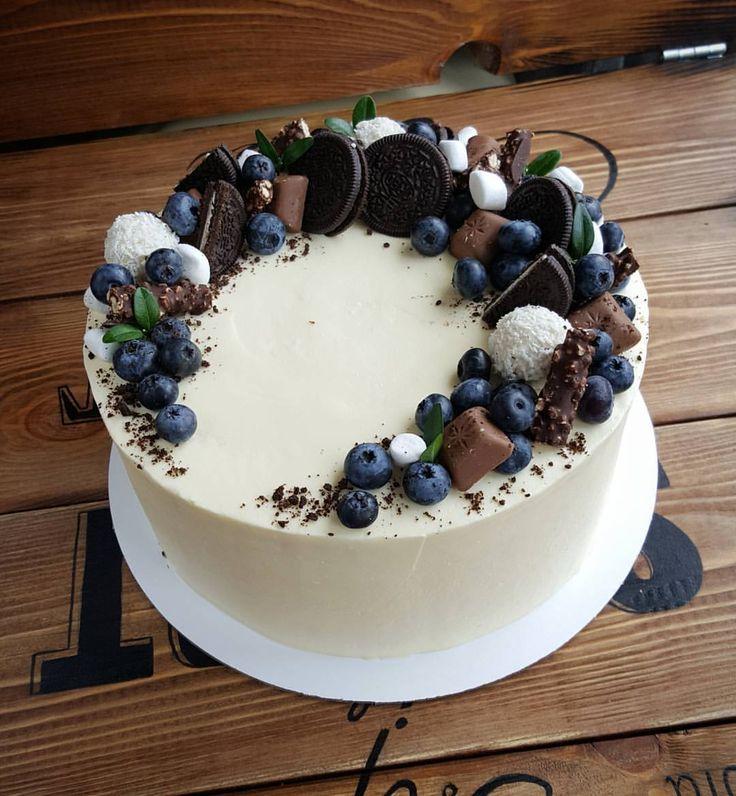 110 отметок «Нравится», 2 комментариев — Я - КУЛИНАРНЫЙ МАНЬЯК  (@vil_ola) в Instagram: «Сегодня второй день МК по тортам. Для девочек самый волнительный день и самый любимый.…»