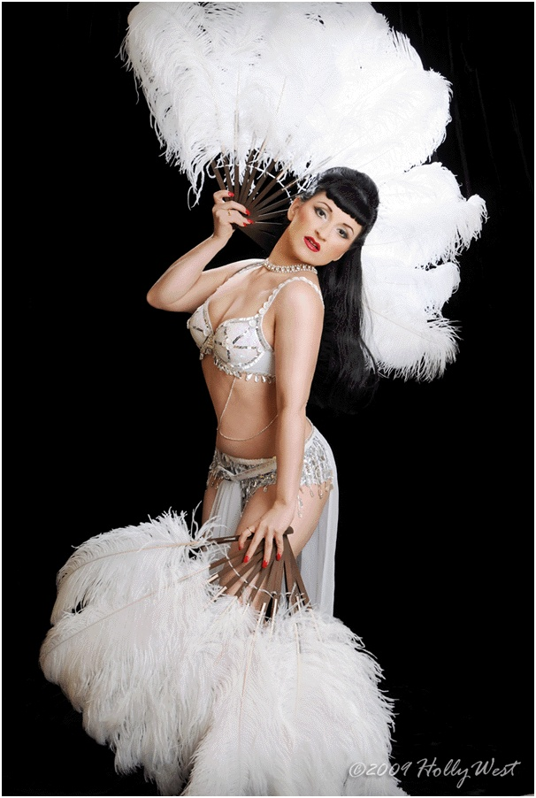96 best burlesque images on pinterest burlesque fashion plates burlesque costume tutorials stitch rippers tearing up style diy fashion solutioingenieria Image collections