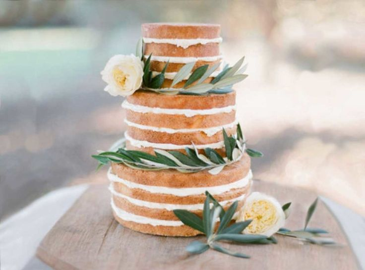10 Wedding Cake Trends, From 'Naked' Layers to Modern Geometrics photo