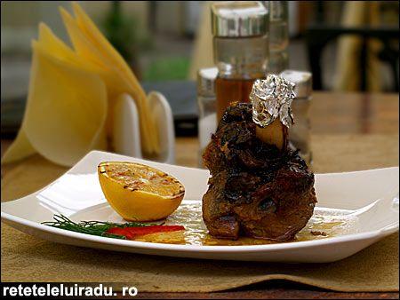 Garlic & rosemary lamb shank
