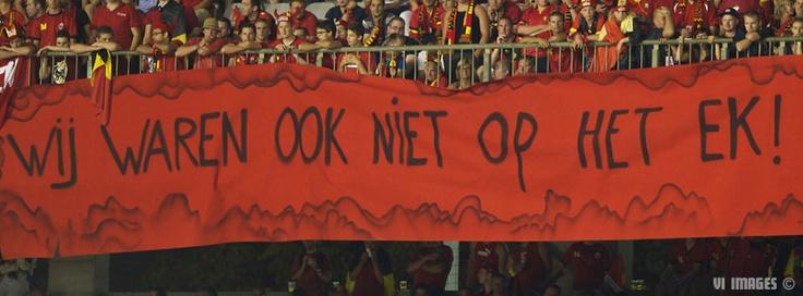 Spandoek van de Belgen. Humor