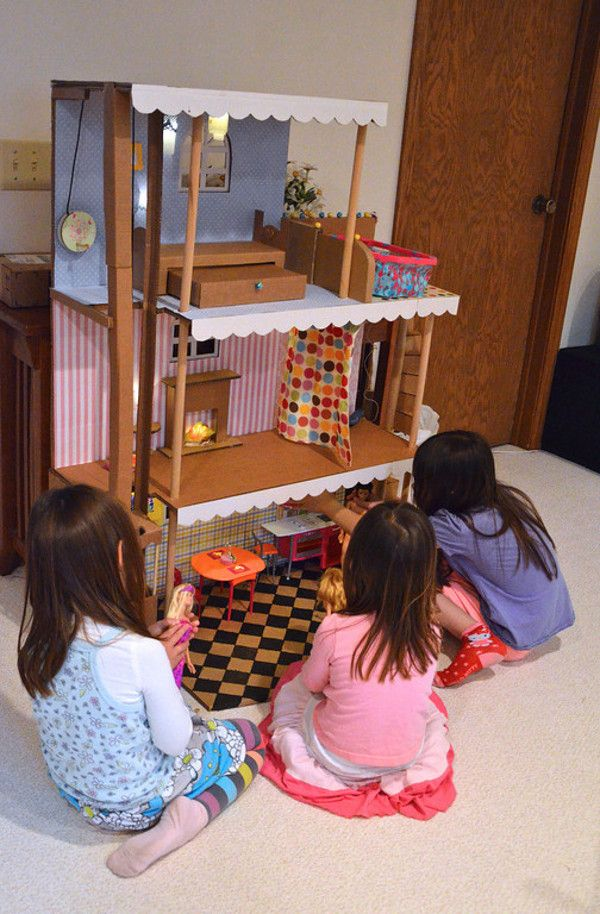 ber ideen zu barbiehaus auf pinterest barbie m bel dioramas und puppenh user. Black Bedroom Furniture Sets. Home Design Ideas