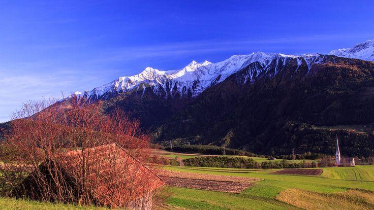 #autumn in Tirol http://www.tt.com/home/13592426-91/auf-sonnigen-nationalfeiertag-folgt-wintereinbruch-in-tirol.csp