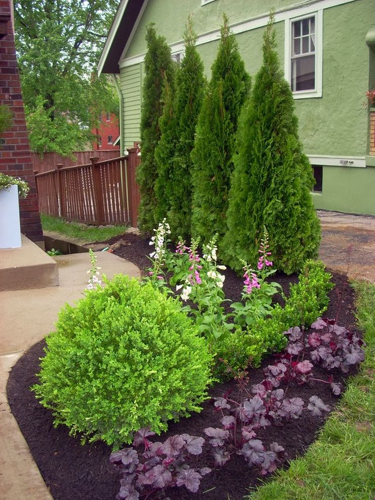 1058 best small yard landscaping images on pinterest for Small garden landscaping ideas