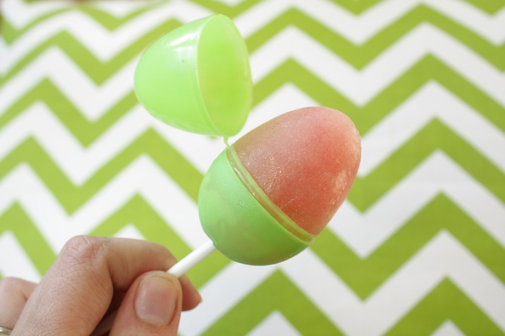 Easter Egg Popsicles: Using fruit juice, colorful plastic eggs, and plastic sucker sticks, make your own frozen popsicles for a cute little snack for Easter.