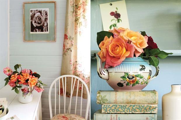 Del color que sea, recién cortadas, alegrando estampados, retratadas en cuadros o en piezas de porcelana, nadie escapa al romanticismo de las rosas