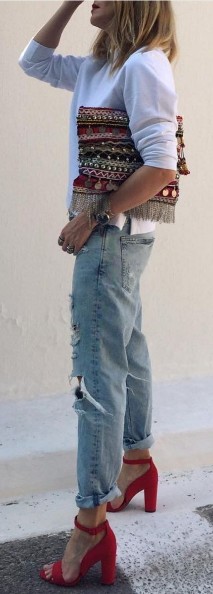 #spring #street #style #outfit #ideas  Ethnic Clutch + Basics + Red Shoes                                                                             Source