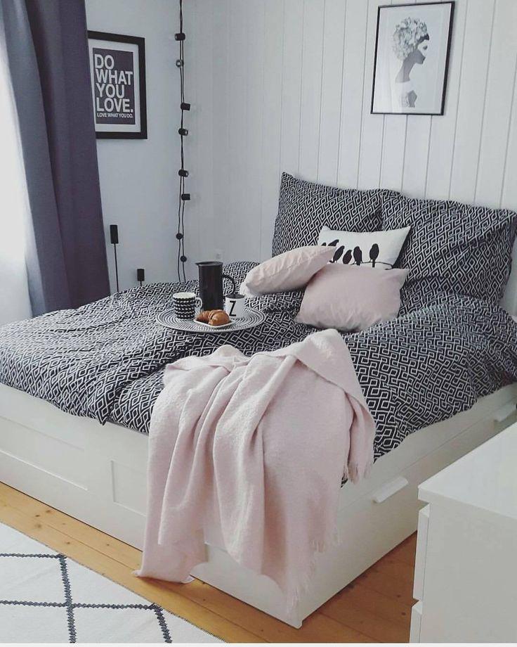 die besten 25 schlafzimmer lichterkette ideen auf pinterest foto kopfteil bett baldachin mit. Black Bedroom Furniture Sets. Home Design Ideas