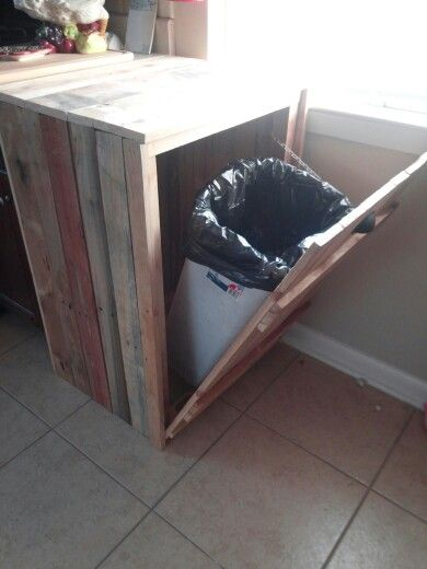 Hide A Way Trash Can Made From Old Pallets Home Plans