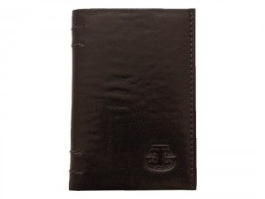 Leather Card Holder Ted Cole Slim Black has the capacity to store 3 cards and bank notes. You get personal evgraving option with this stylish black slim card holder Ted Cole. Choose your own engraving!
