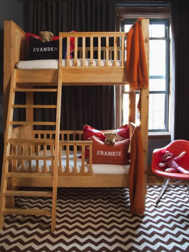 HGTV - Bunks Are a Must Toddler-size bunk beds are an excellent space saving furniture option for children under the age of seven. Thinner and less wide than twin-size beds, toddler size beds use up less space, thus allowing extra chairs or tables to fit into the room.