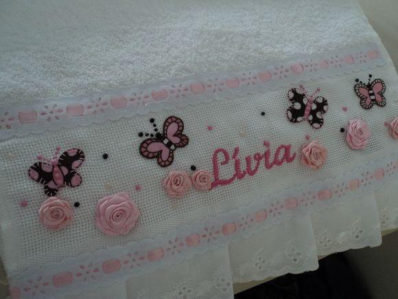 Toalhinhas com mini rosas de fitas