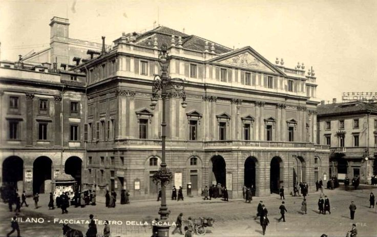 Teatro alla Scala. Postcard, presumably 1930s.