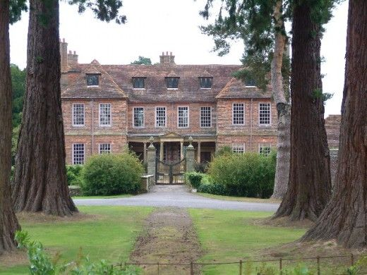 """The Bennetts home (Longbourn) in the 2005 Pride and Prejudice movie was filmed at the Groombridge Place in Kent - file under """"when I go to England"""""""
