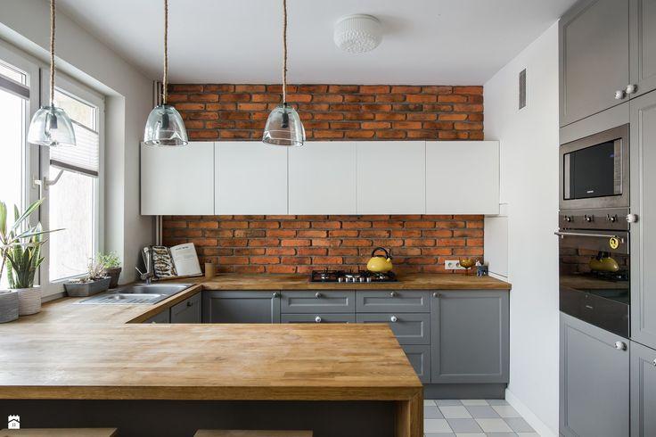 Wystrój wnętrz - Kuchnia - styl Eklektyczny. Projekty i aranżacje najlepszych designerów. Prawdziwe inspiracje dla każdego, dla kogo liczy się dobry gust i nieprzeciętne rozwiązania w nowoczesnym projektowaniu i dekorowaniu wnętrz. Obejrzyj zdjęcia!