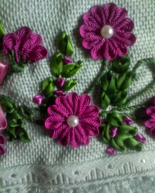 Ateliêr Fidelis: Bordado com Fita e Sianinha ( Flores e Trançados)