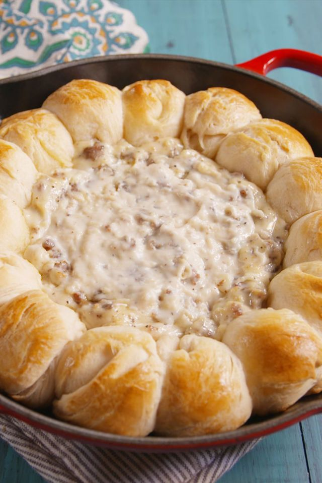Biscuit and Gravy Ring  - Delish.com