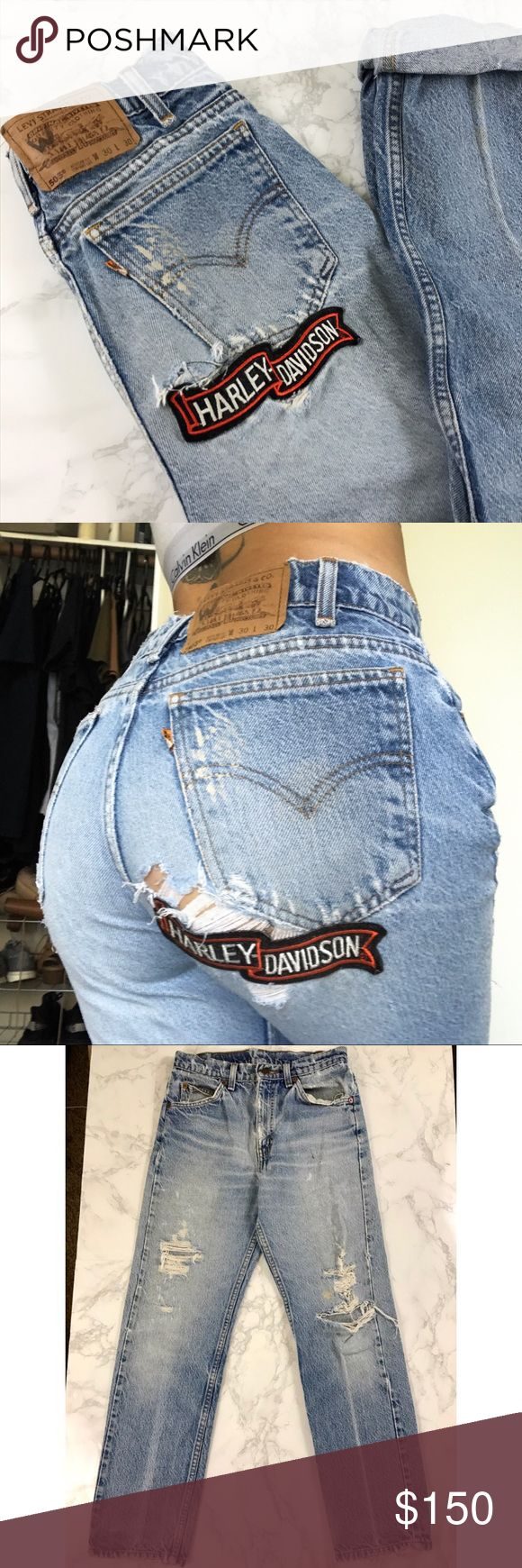 """RARE Vintage Harley Davidson Levi's Boyfriend Jean Waist: 28"""" Inseam 27.5"""" Front Rise: 10""""▪️One of a kind pair▪️Some marks on jeans as shown in photos but overall in great condition ▪️ Levi's Jeans Boyfriend"""