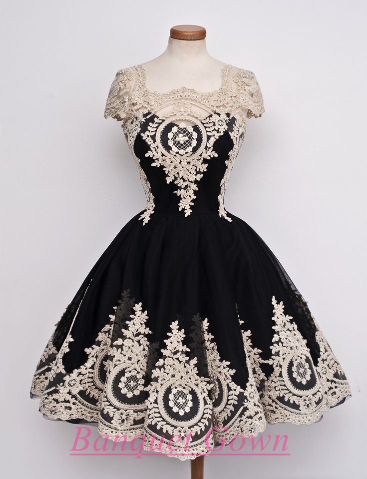 Gorgeous Black Cap Sleeves Homecoming Short With Lace Homecoming Gowns Short Prom Dress from BanquetGown