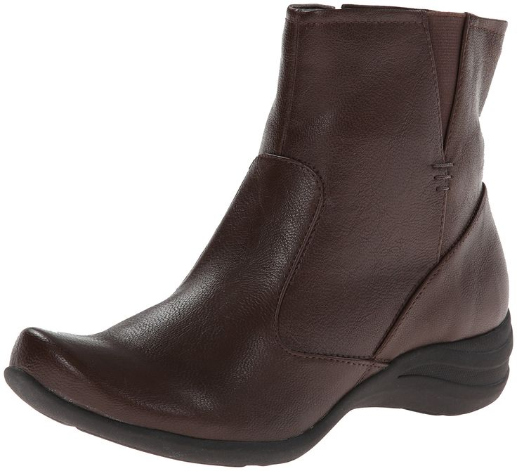 Hush Puppies Women's Fiona Alternative Boot,Dark Brown,8 M US. Hand burnished synthetic uppers6Breathable microfiber linings^Molded and contoured removable Ethylene vinyl acetate footbed combined with a breathable microfiber sock^1 1/4 inch molded wedge with a molded rubber outsole that provides traction and durability^Zerog technology provides lightweight comfort and exceptional comfort and exceptional flexibility.