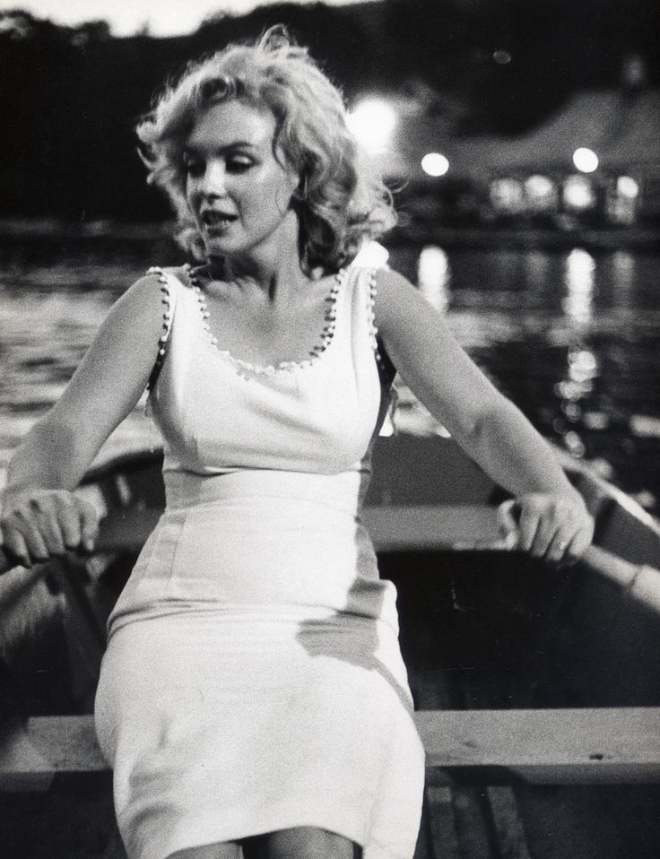 Marilyn Monroe rowing in Central Park, New York City, 1956. Photo by Richard Avedon