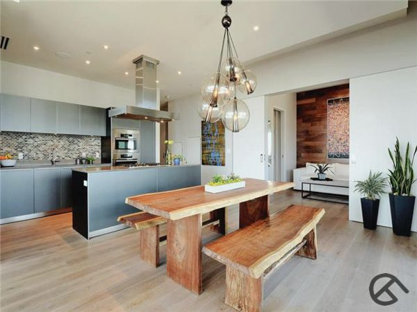 Gorgeous Updated W Residences Condo In The Heart Of