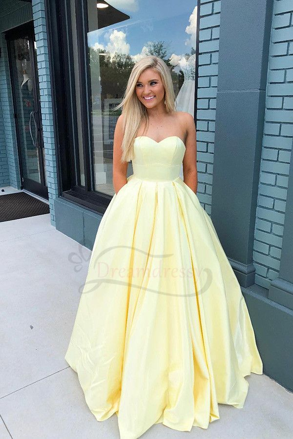 Sweetheart Yellow Satin Long Prom Dress with Pocket