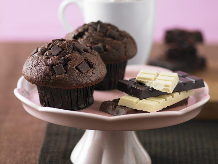Süße Sünde: Schokoladen-Muffins - smarter - Zeit: 40 Min.   http://eatsmarter.de/rezepte/schokoladen-muffins