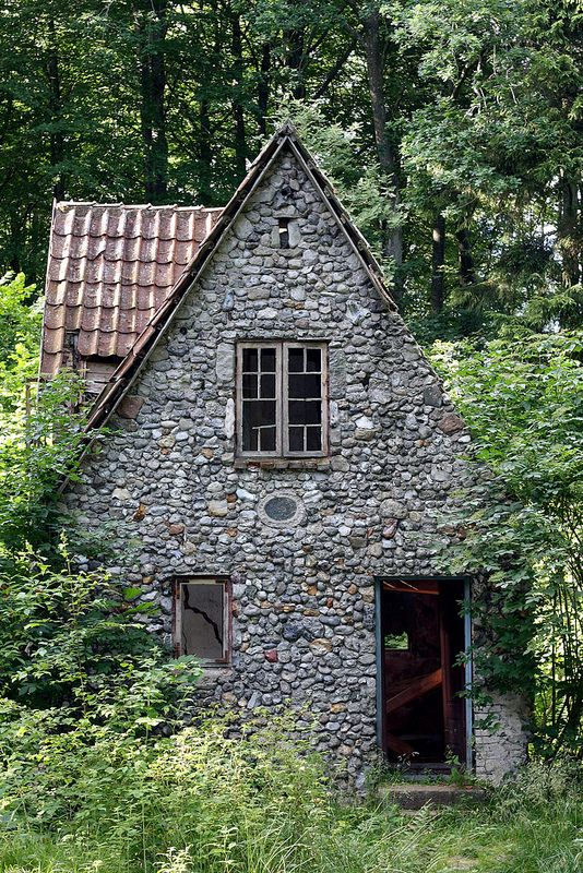 The 25 best stone cottages ideas on pinterest cottages for Witches cottage house plans