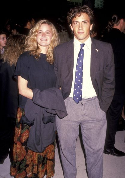 Elisabeth Shue and Andrew Shue at the Premiere of 'Back to the Future Part II' Cineplex Odeon Cinemas Los Angeles