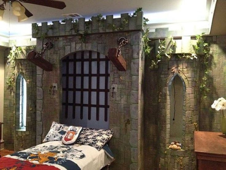 18 lits d enfants incroyables le lit chateau fort 1   17 lits denfants incroyables   viking tracteur spiderman saloon pirate photo lit image...