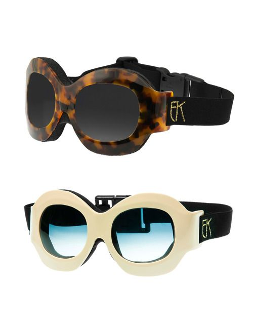 Super chic ski goggles- These are really retro and cool- Perfect for our Helmet Huggers #fashion #skifashion #helmethuggers