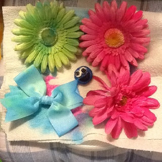 My tie dyed flowers! Fun!!!: Dyed Flowers